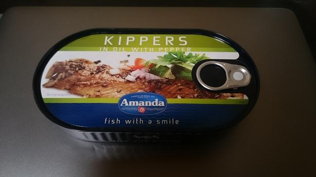 燻製ニシンの缶詰