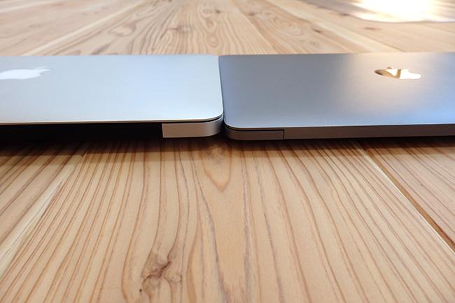 MacBook12とMacBook Air11.6の外観比較2